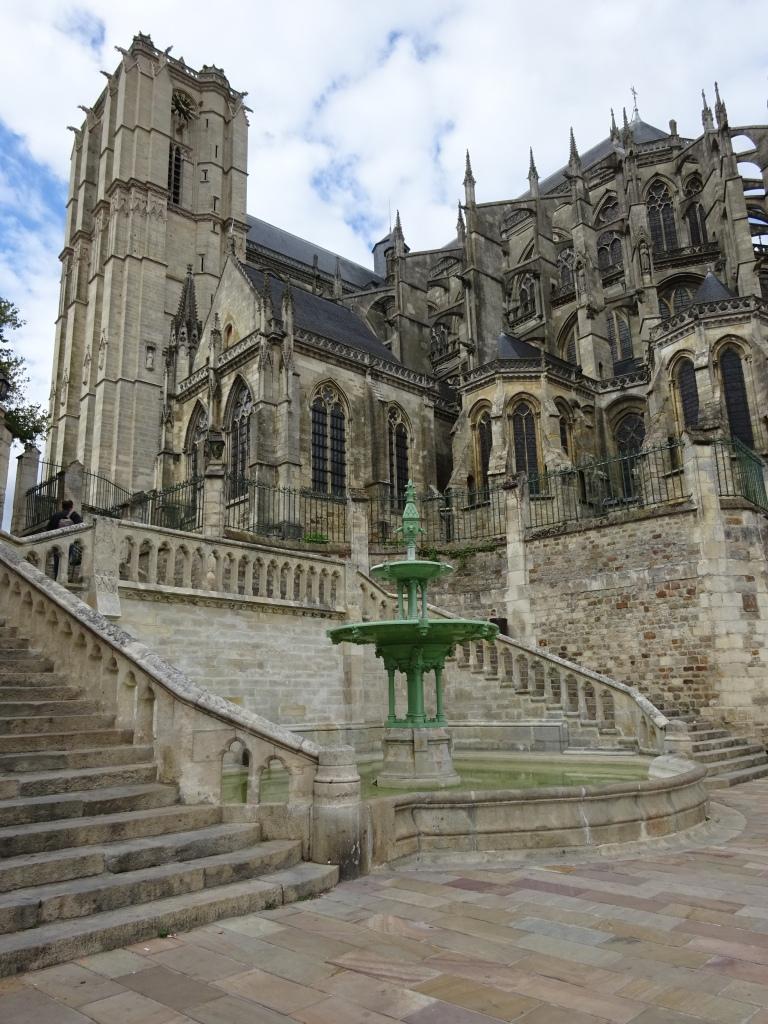 """""""La Cathedrale Saint-Julien"""""""