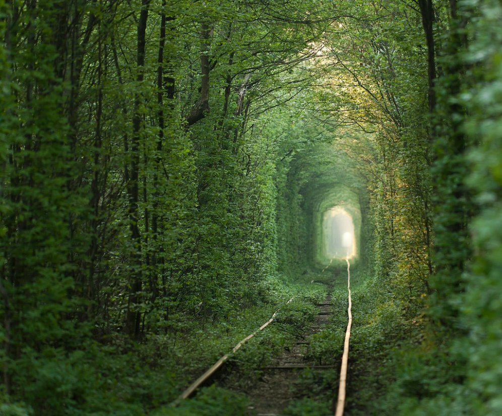 Tunnel-Love-Ukraine