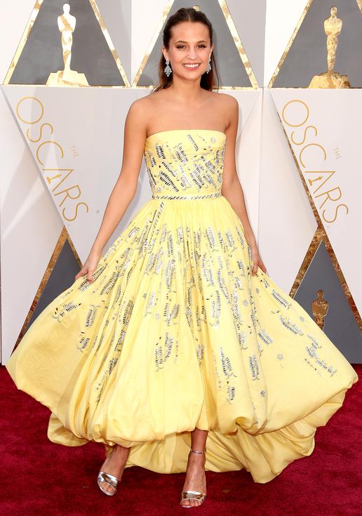 Alicia Vikander , 88th Annual Academy Awards. Kynzah.com